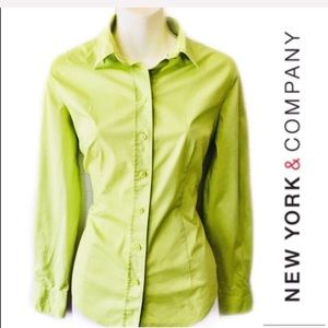 💚 New York & Company Green Shirt Size S